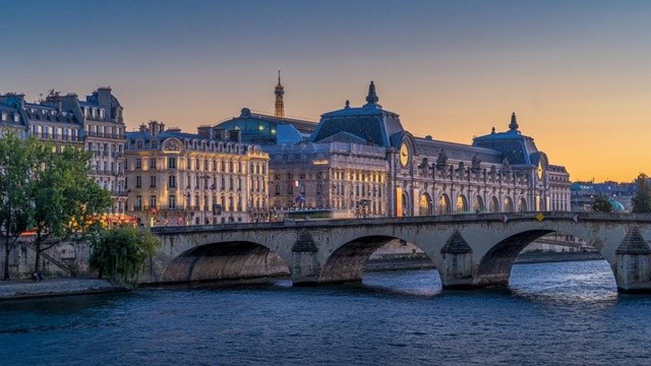 paris-5397889_640
